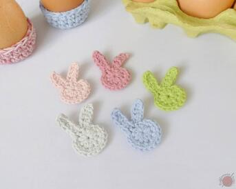Crochet Easter Bunny Applique from Raffamusa Designs